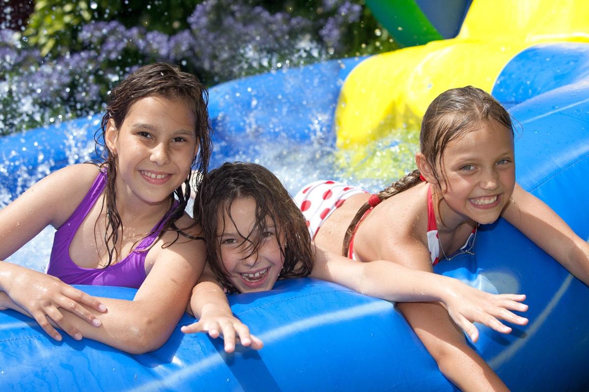 jeux gonflables piscine