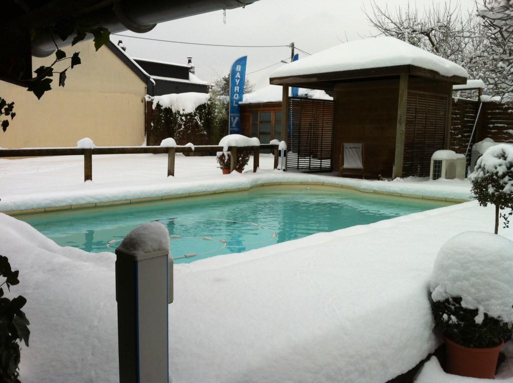 Entretien de piscine spa analyse de l 39 eau jardin passions for Entretien de piscine